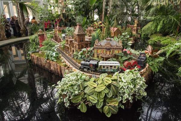 New York Botanical Garden -Holiday Train Show - Aaron Haber