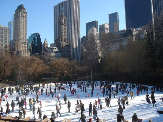 Descubre las mejores pistas de patinaje sobre hielo en Nueva York