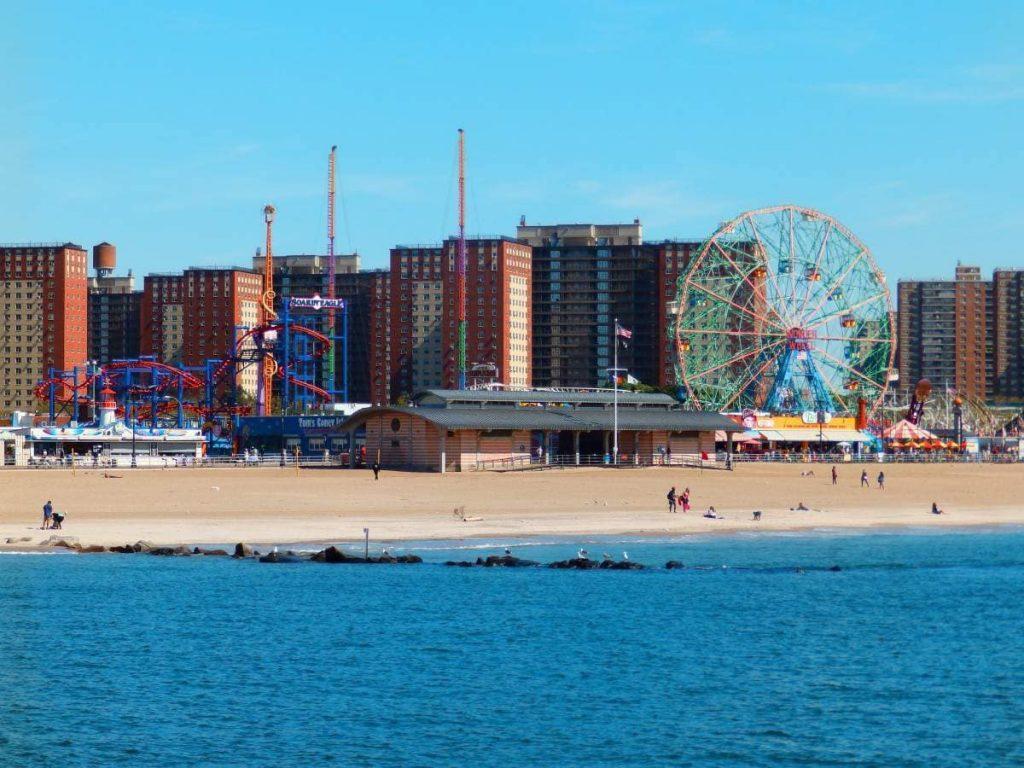 Coney Island - ©VoyaNYC