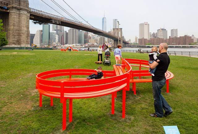 Hein Jeppe - Modified Social Bench NY - Brookling Bridge Park - Please Touch the Art Exhibition - Photo: James Ewing