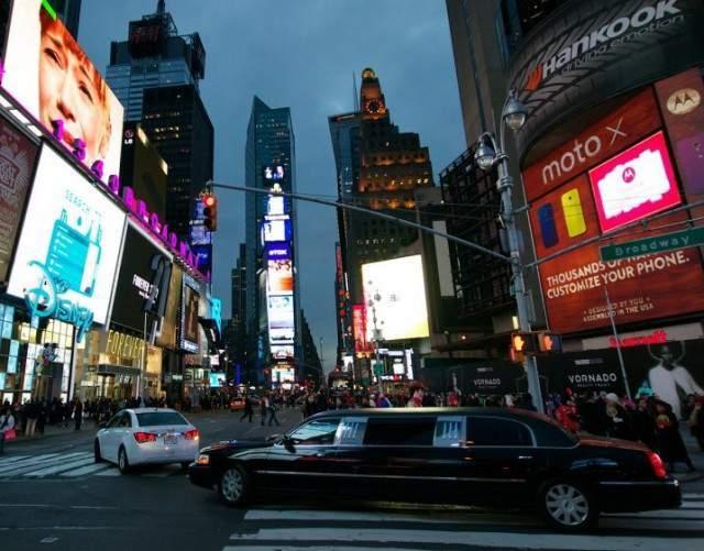 Cena en limousina en Nueva York