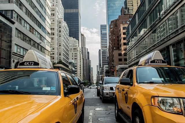 ¿ Por qué los taxis de NY son amarillos ?