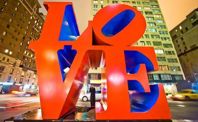 Escultura Love en New York