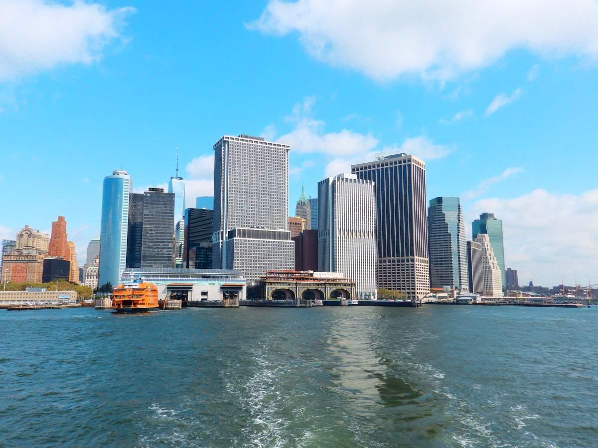 Vistas desde el ferry a Governors Island