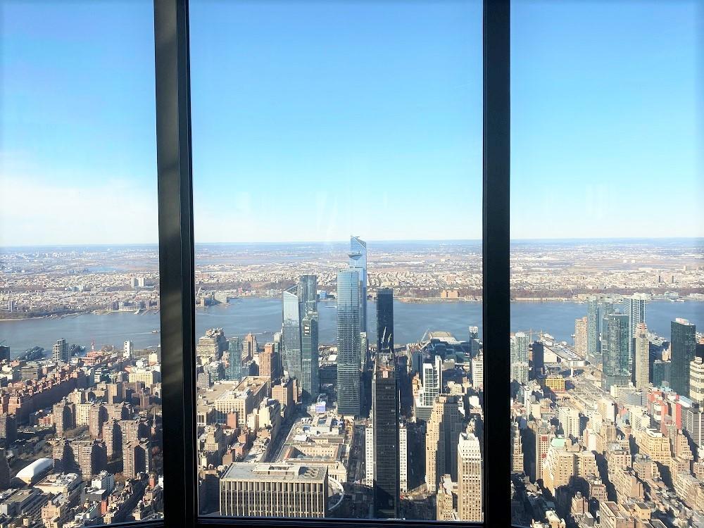 Vistas de Hudson Yards desde la planta 102 del Empire State Building